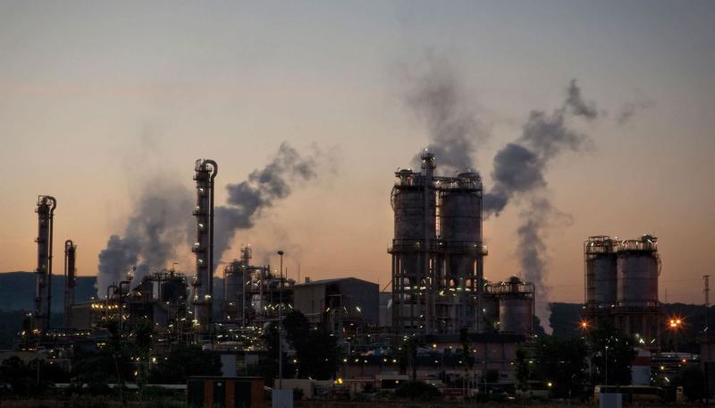 Confiança da indústria avança em março, diz FGV