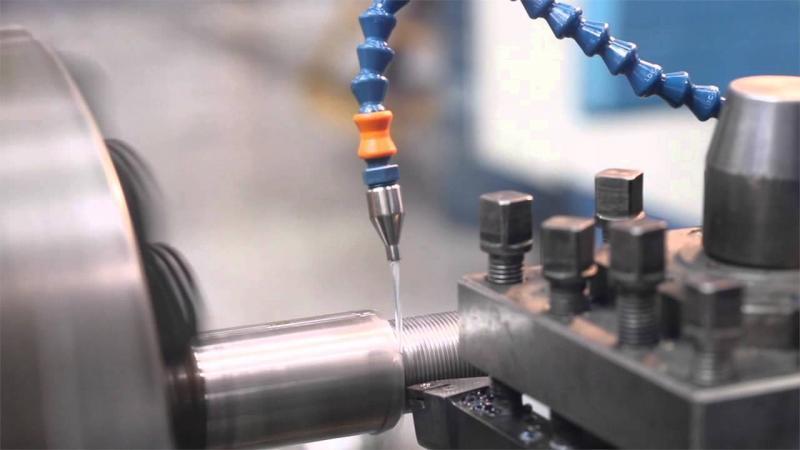Escolha correta do fluido de corte: eficiência na usinagem