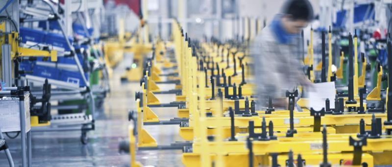 Queda em dezembro não impede recuperação da indústria em 2016